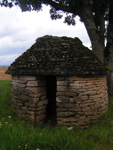 la cabote, une cabane au bord de la route
